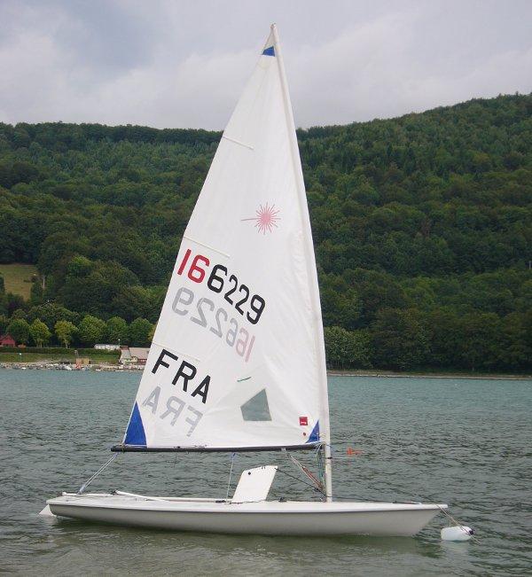 bateau laser